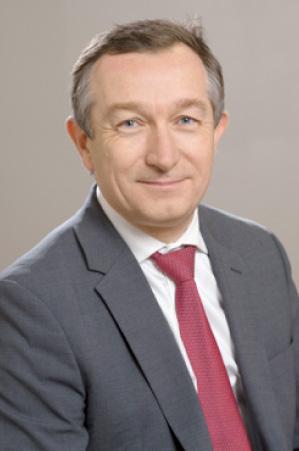 Dr Castelain